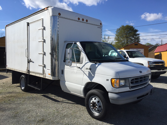 1998 Ford E-350 3dr Econoline Cargo Van - Angier NC