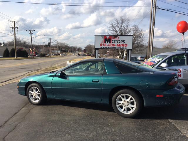 2001 Chevrolet Camaro Base 2dr Hatchback - Woodstock IL