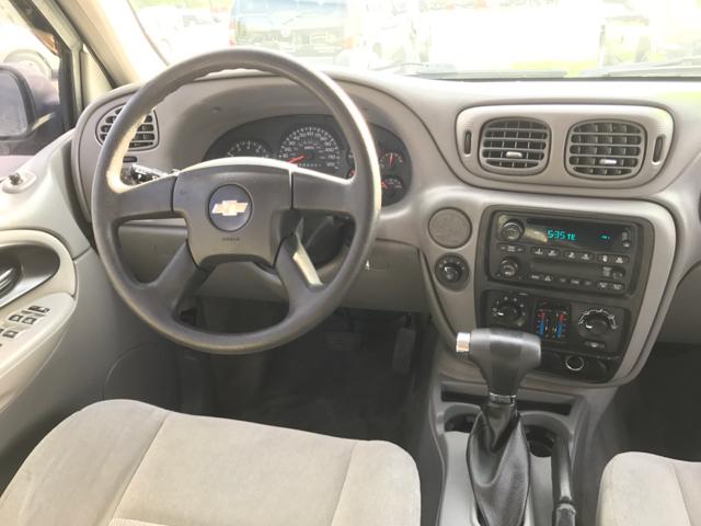 2006 Chevrolet TrailBlazer LS 4dr SUV w/1SA - Woodstock IL