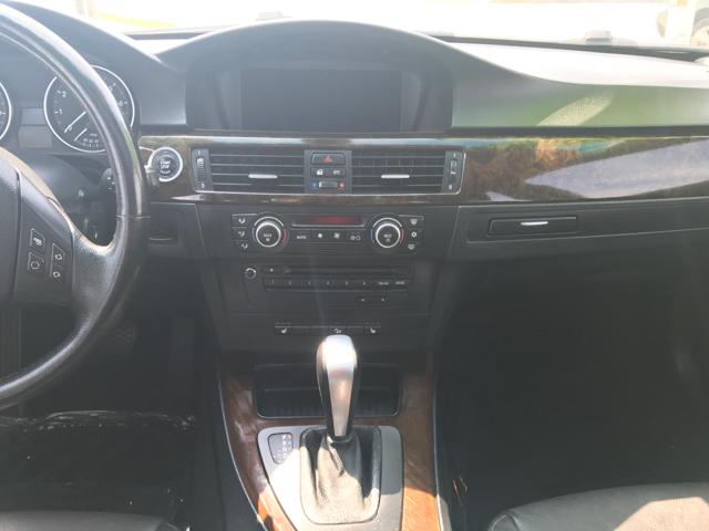 2009 BMW 3 Series 328i xDrive AWD 4dr Sedan - Woodstock IL