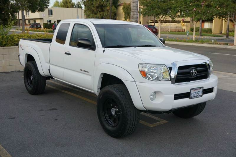 2018 Toyota Tundra Double Cab >> 2008 Toyota Tacoma Double Cab Prerunner Pickup 4d 5 Ft | Autos Post