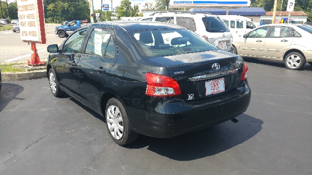 2007 Toyota Yaris 4dr Sedan (1.5L I4 4A) - Westerville OH
