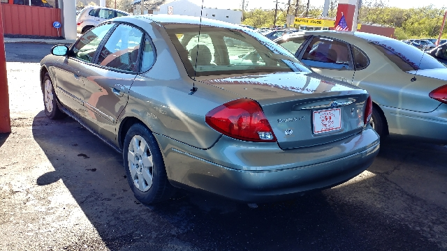 2003 Ford Taurus LX 4dr Sedan - Westerville OH