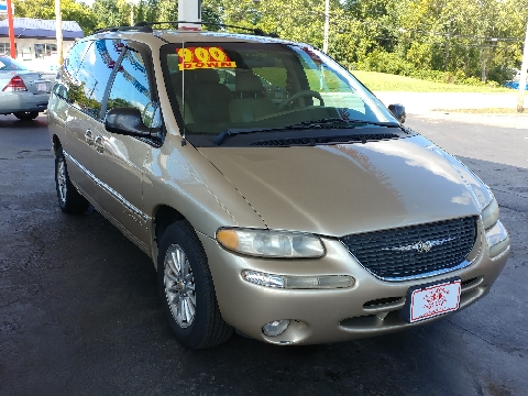 2000 Chrysler Town and Country for sale in Westerville, OH