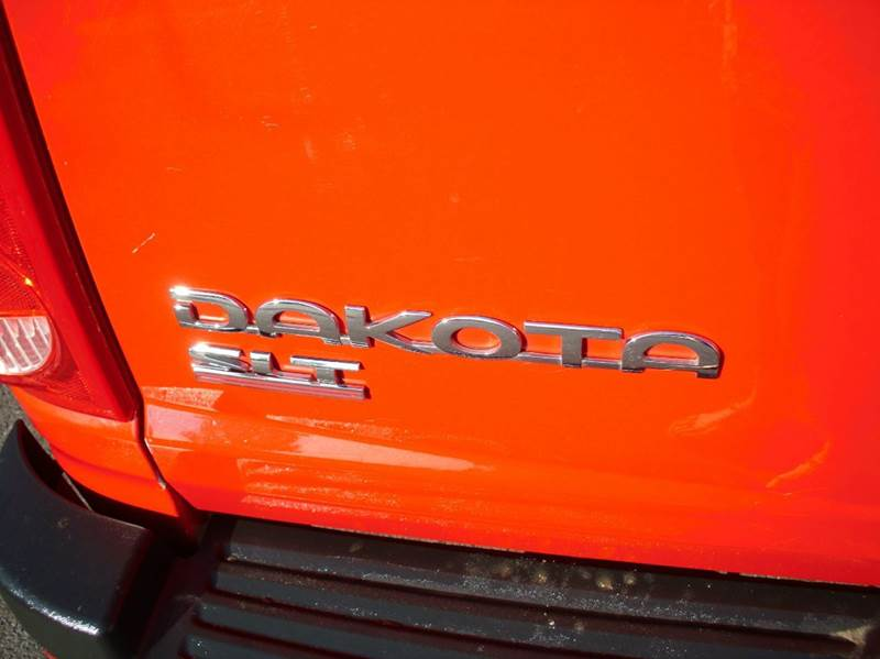 2005 Dodge Dakota 4dr Quad Cab SLT Rwd SB - Aurora IL