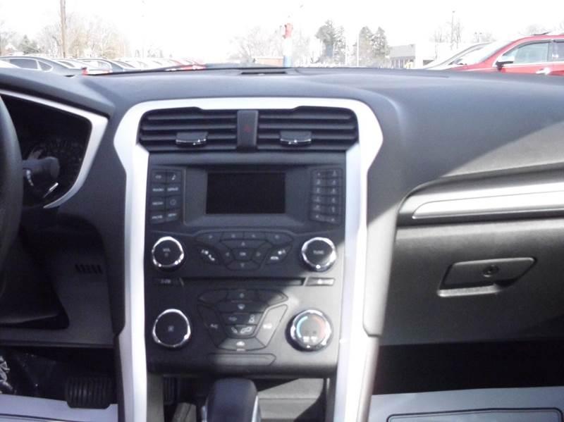 2013 Ford Fusion SE 4dr Sedan - Aurora IL
