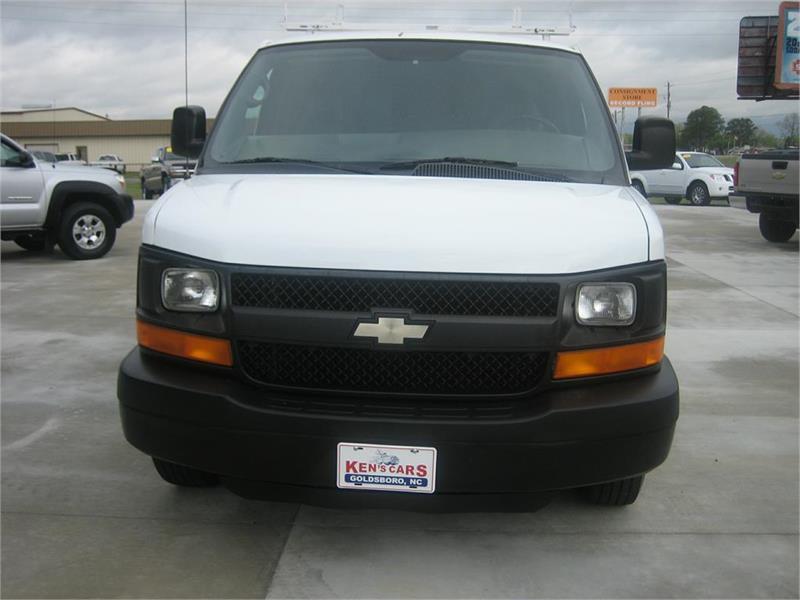 2004 Chevrolet Express Cargo 3500 3dr Extended Cargo Van - Goldsboro NC