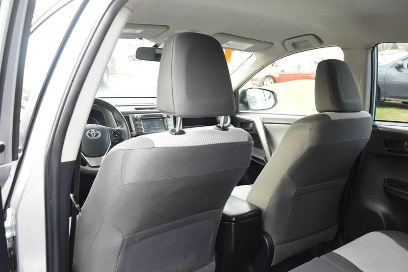 2014 Toyota RAV4 LE 4dr SUV - Waukegan IL