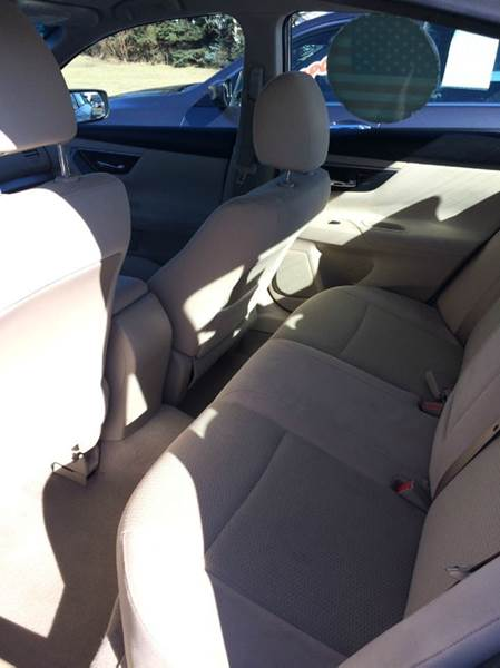 2014 Nissan Altima 2.5 S 4dr Sedan - Waukegan IL