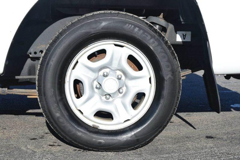 2013 Toyota Tacoma 4x2 2dr Regular Cab 6.1 ft SB 5M - Waukegan IL