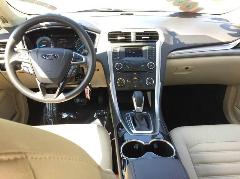 2015 Ford Fusion SE 4dr Sedan - Waukegan IL