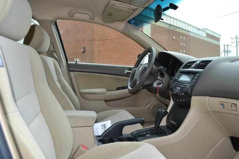 2004 Honda Accord LX 4dr Sedan w/Side Airbags - Durham NC