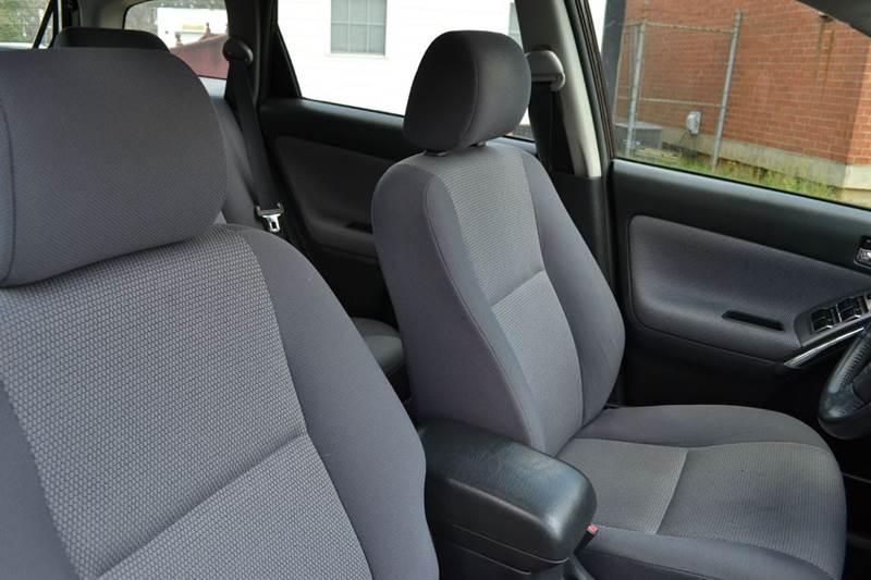 2006 Toyota Matrix 4dr Wagon w/Automatic - Durham NC