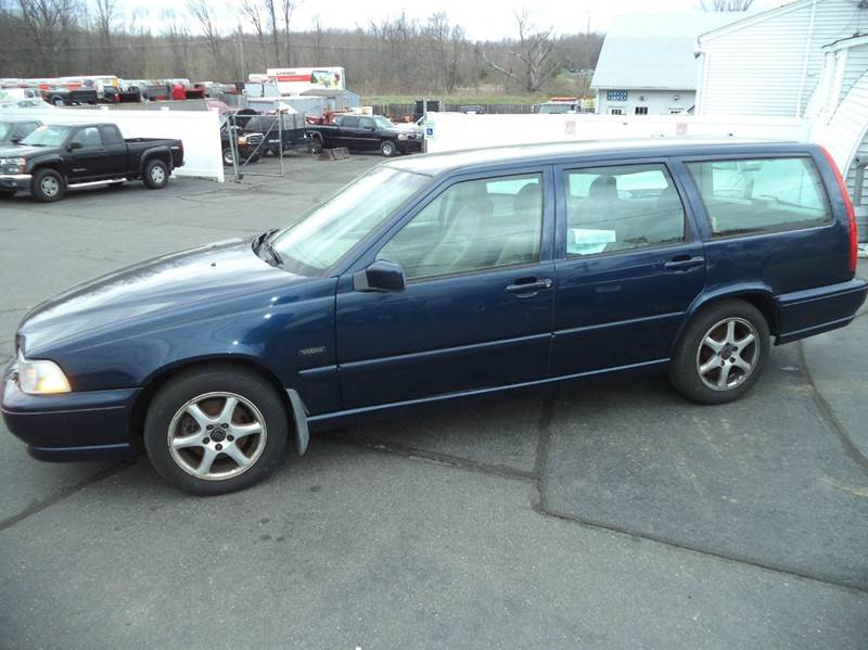 1998 Volvo V70 Base 4dr Wagon - Suffield CT