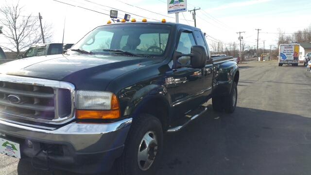 2001 Ford F-350 Super Duty 4dr SuperCab Lariat 4WD LB DRW - Suffield CT
