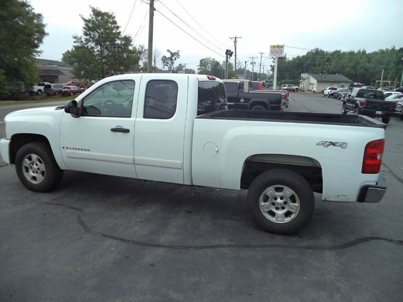 2008 Chevrolet Silverado 1500 4WD LT1 4dr Extended Cab 5.8 ft. SB - Suffield CT