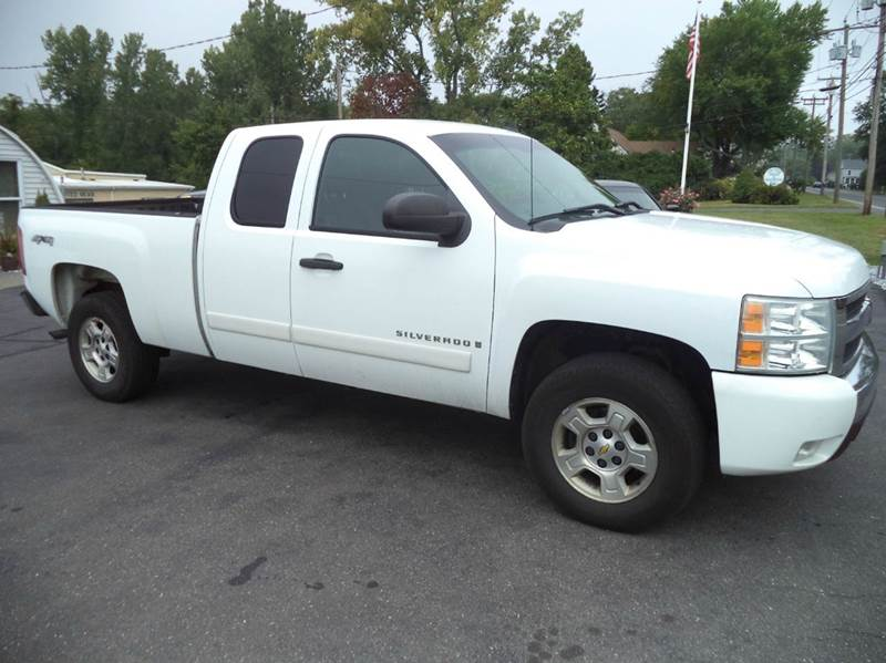 2008 Chevrolet Silverado 1500 LT1 4WD Extended Cab 5.8 ft. SB - Suffield CT