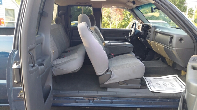 2003 Chevrolet Silverado 1500 LS 4dr Extended Cab 4WD SB - Suffield CT