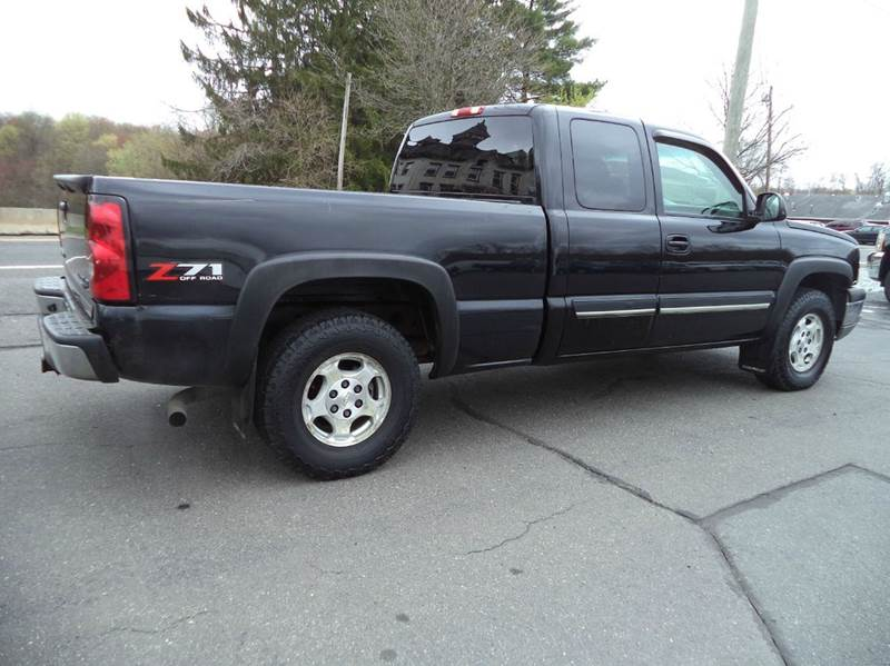 2004 Chevrolet Silverado 1500 4dr Extended Cab LS 4WD SB - Suffield CT