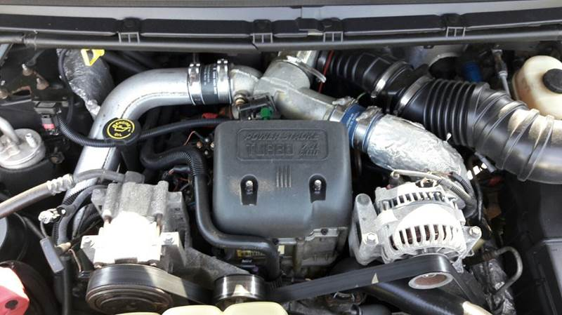 2000 Ford F-250 Super Duty 4dr Lariat 4WD Crew Cab SB - Suffield CT