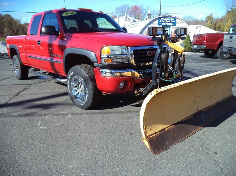 2006 GMC Sierra 2500HD SLE1 4dr Extended Cab 4WD SB - Suffield CT