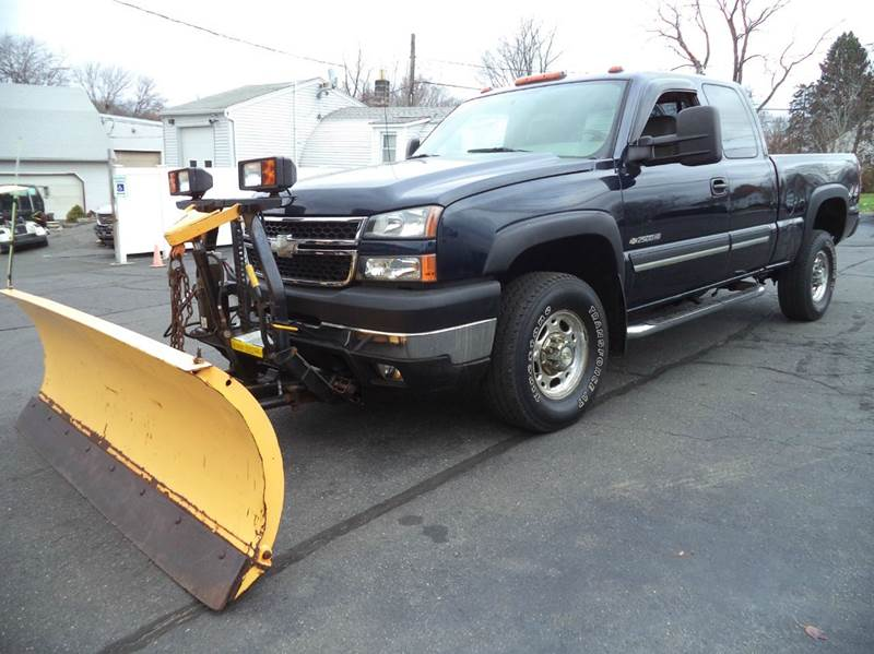 2006 Chevrolet Silverado 2500HD LT1 4dr Extended Cab 4WD SB - Suffield CT