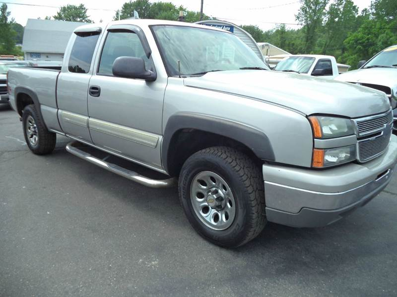 2006 Chevrolet Silverado 1500 LT1 4dr Extended Cab 4WD 6.5 ft. SB - Suffield CT