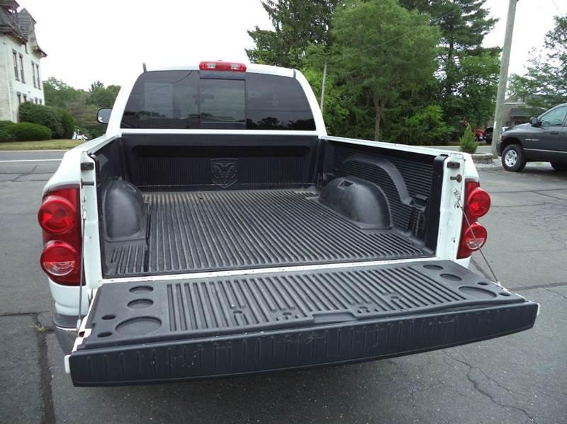 2007 Dodge Ram Pickup 1500 SLT 4dr Quad Cab 4WD SB - Suffield CT