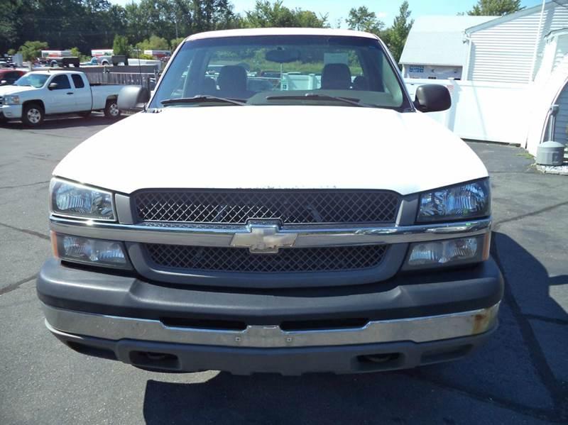 2004 Chevrolet Silverado 1500 2dr Standard Cab 4WD SB - Suffield CT