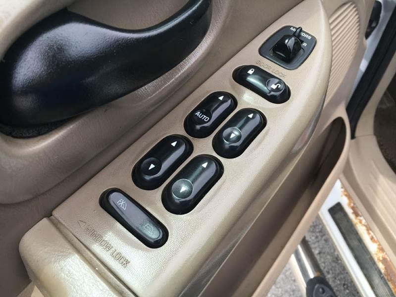 2002 Ford F-150 4dr SuperCrew XLT 4WD Styleside SB - Murphysboro IL