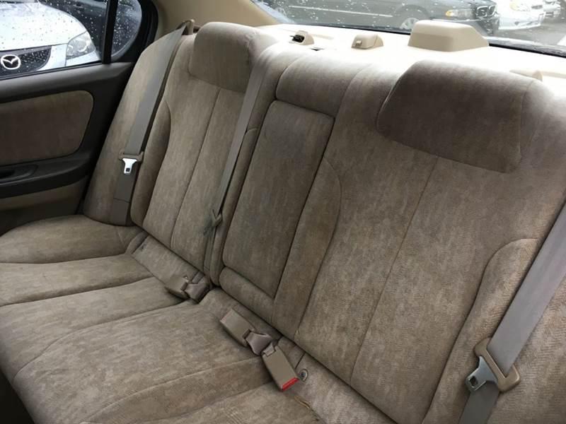 2001 Nissan Maxima GLE 4dr Sedan - Murphysboro IL
