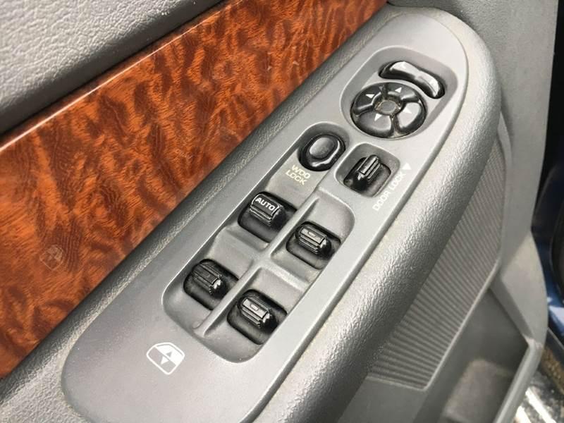2006 Dodge Ram Pickup 1500 SLT 4dr Quad Cab 4WD LB - Murphysboro IL