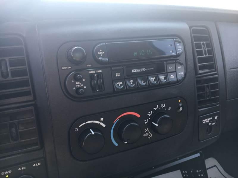 2003 Dodge Dakota 2dr Club Cab SLT Plus 4WD SB - Murphysboro IL