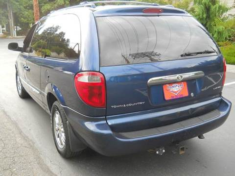 2001 Chrysler Town and Country