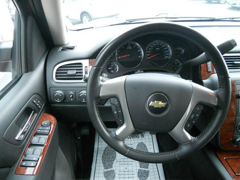 2011 Chevrolet Avalanche 4x4 LTZ 4dr Crew Cab Pickup - Manistee MI
