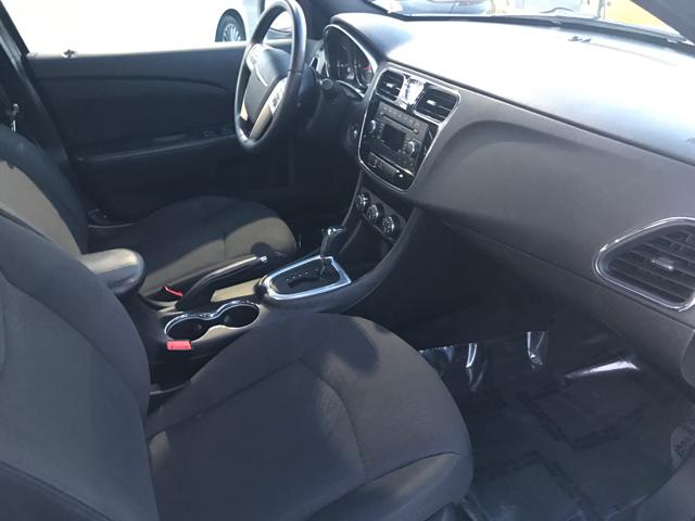 2013 Chrysler 200 Touring 4dr Sedan - Modesto CA