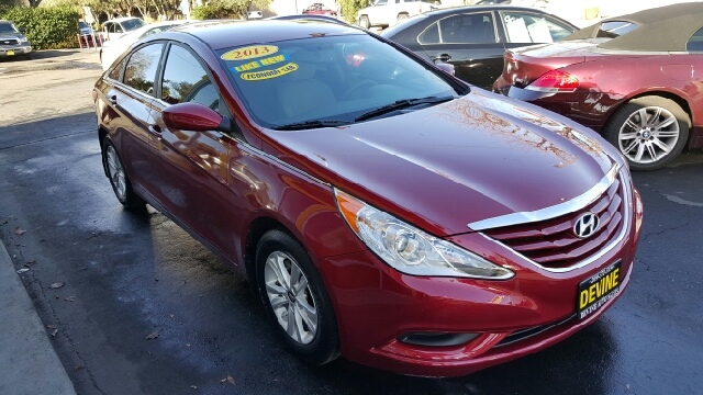 2013 hyundai sonata gls 4dr sedan in modesto ca devine auto sales. Black Bedroom Furniture Sets. Home Design Ideas