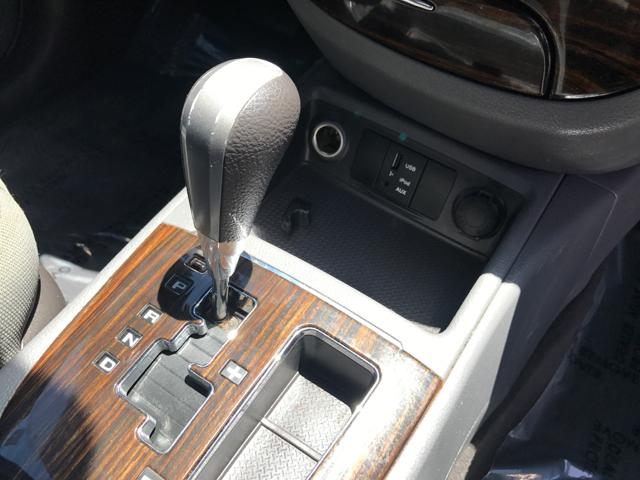 2011 Hyundai Santa Fe GLS 4dr SUV - Modesto CA