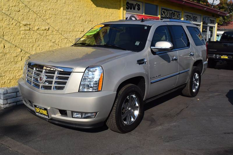 2008 cadillac escalade for sale in traverse city mi. Black Bedroom Furniture Sets. Home Design Ideas
