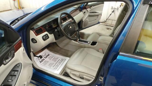 2009 Chevrolet Impala LT 4dr Sedan - Auburn IN