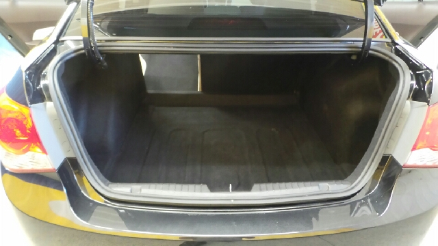2011 Chevrolet Cruze LT 4dr Sedan w/2LT - Auburn IN