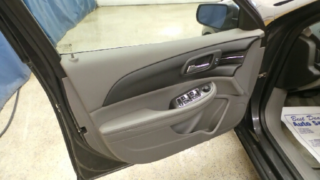 2013 Chevrolet Malibu LS 4dr Sedan - Auburn IN