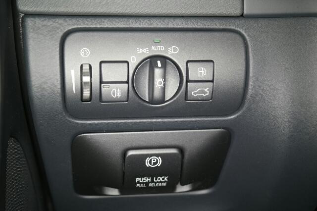 2013 Volvo S60 T5 4dr Sedan - Fort Wayne IN