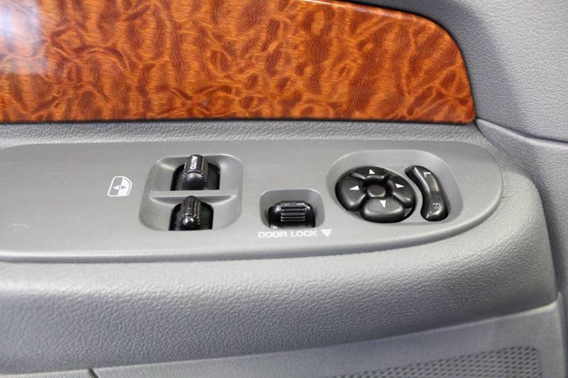 2006 Dodge Ram Pickup 1500 SLT 2dr Regular Cab 4WD LB - Auburn IN