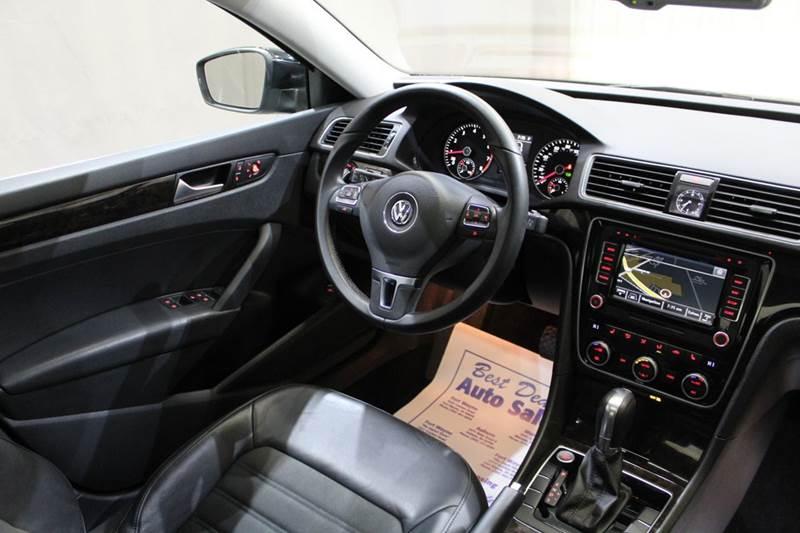 2015 Volkswagen Passat SEL Premium 4dr Sedan 6A - Warsaw IN