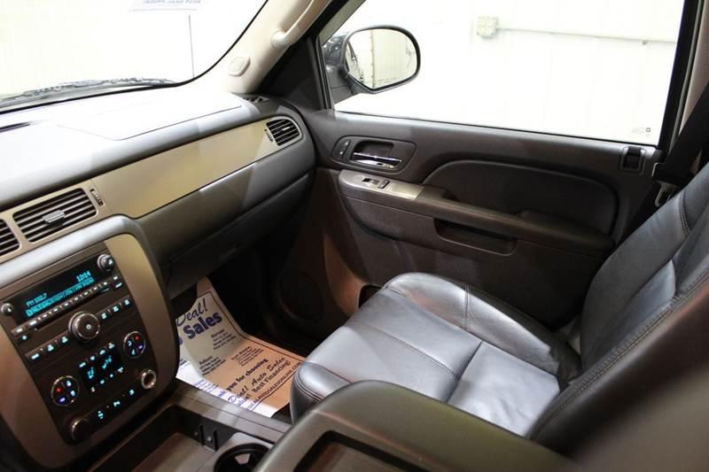 2010 Chevrolet Avalanche 4x4 LT 4dr Pickup - Warsaw IN