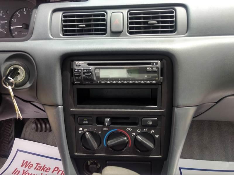 1997 Toyota Camry LE 4dr Sedan - Spring TX