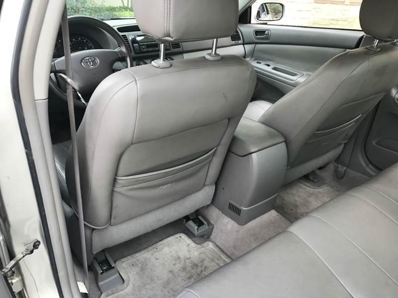 2004 Toyota Camry LE 4dr Sedan - Richardson TX