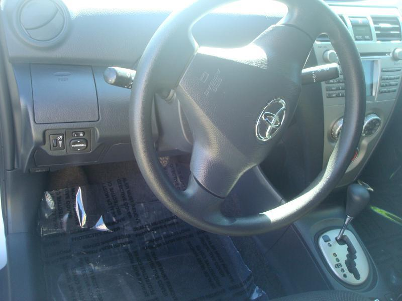 2011 Toyota Yaris 4dr Sedan 4A - Anniston AL