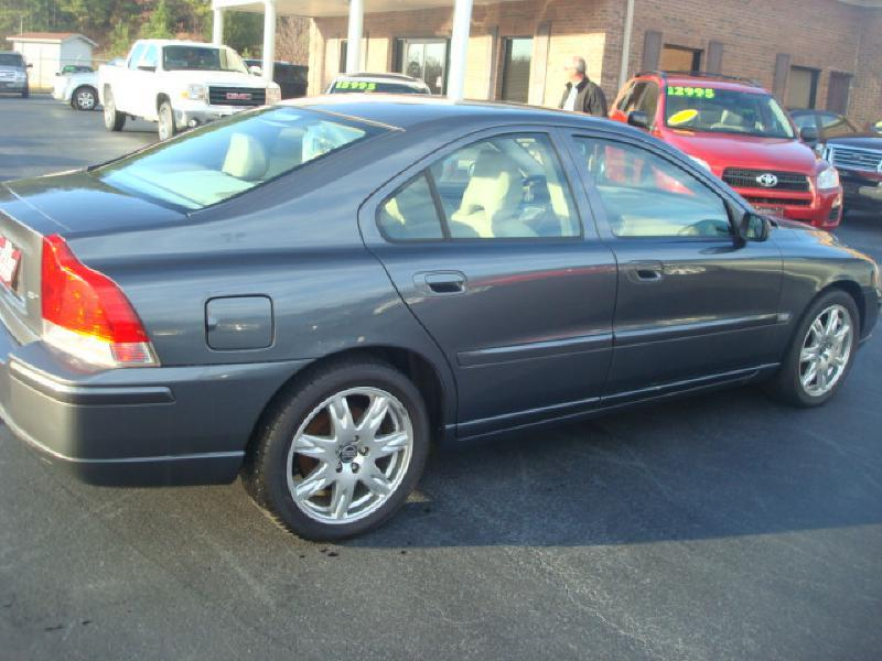 2005 Volvo S60 4dr 2.5T Turbo Sedan - Anniston AL